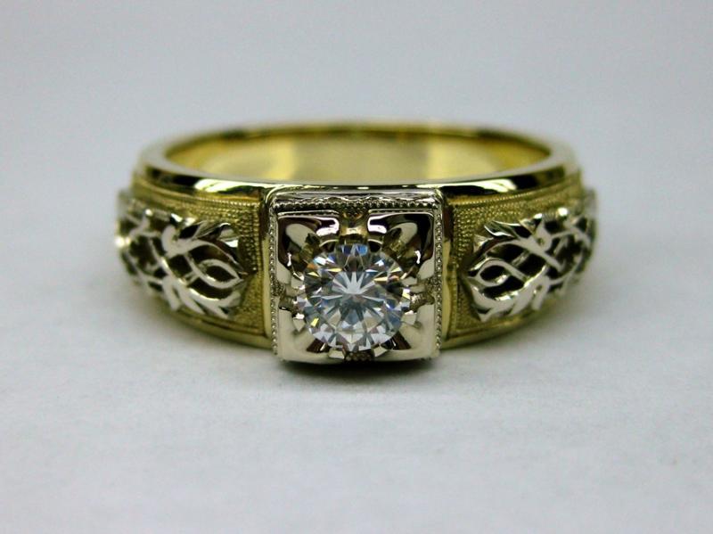138.1 золото, бриллиант