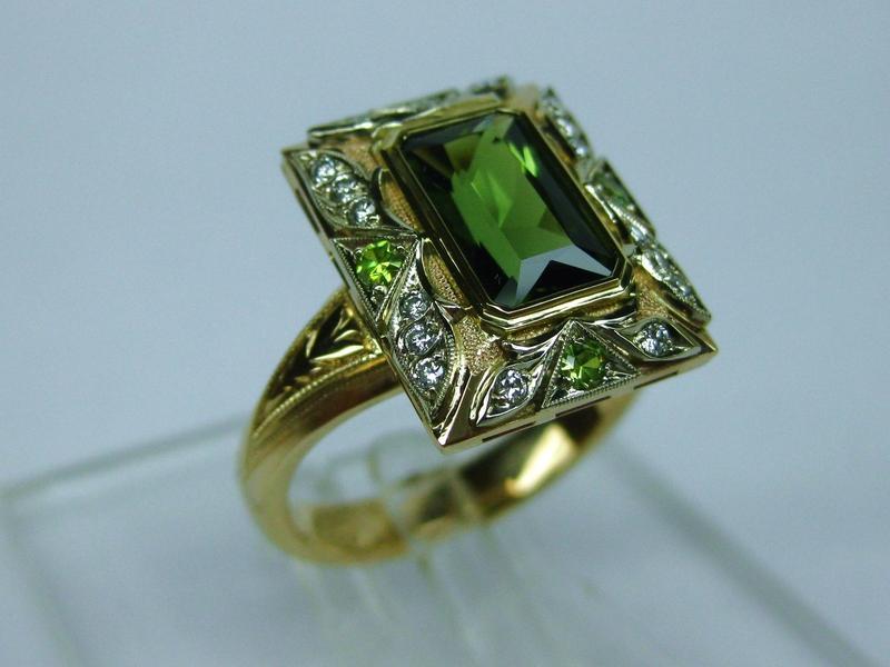 139 золото, бриллианты, демантоиды, турмалин