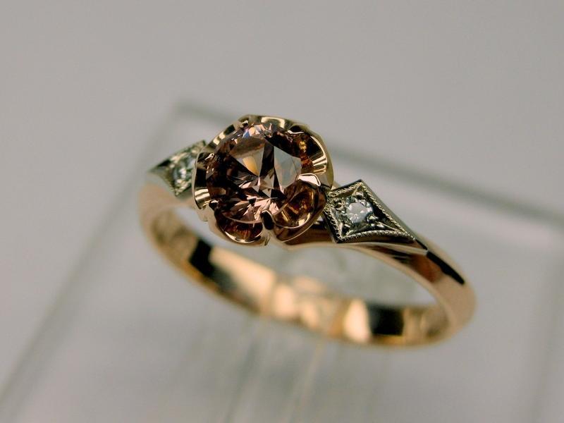 103 золото, бриллианты, шпинель